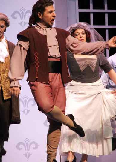 Figaro-Nozze-di-Figaro-Teatro-Argentino-La-Plata-luciano-miotto