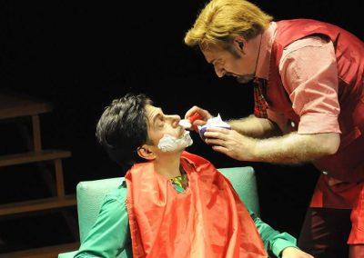 Omar-carrion-Bartolo-Fígaro-el-barbero-de-Sevilla-Rossini-teatro-independencia-Mendoza-miotto-